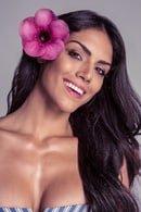 Suzi Flores