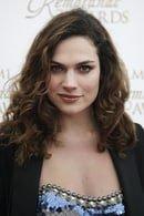 Anna Drijver