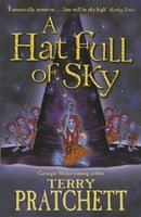 A Hat Full of Sky (Discworld Novel)